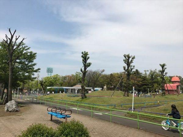 大人も子供も楽しめる公園   ミノラス不動産